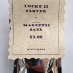 www.lucky-13-clover.com-magnetic-sand